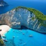 Для летнего отдыха россияне выбирают Турцию, Грецию и Кипр