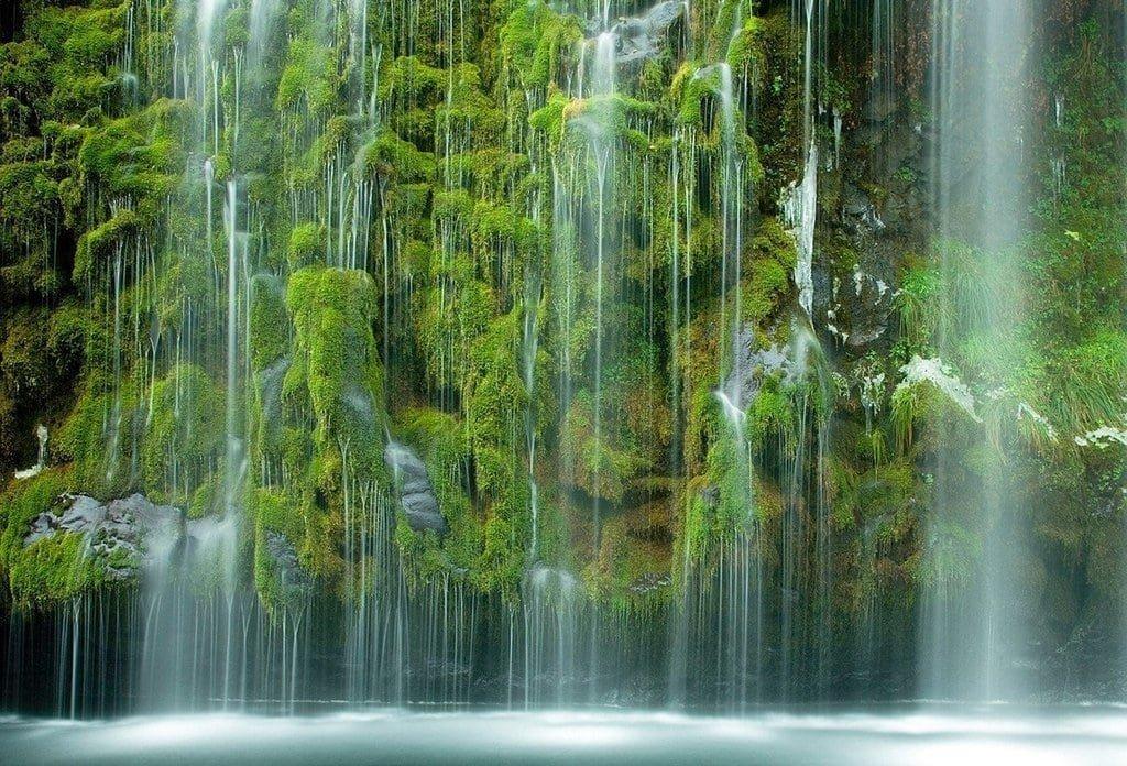 Волшебство калифорнийского водопада Мосбрай