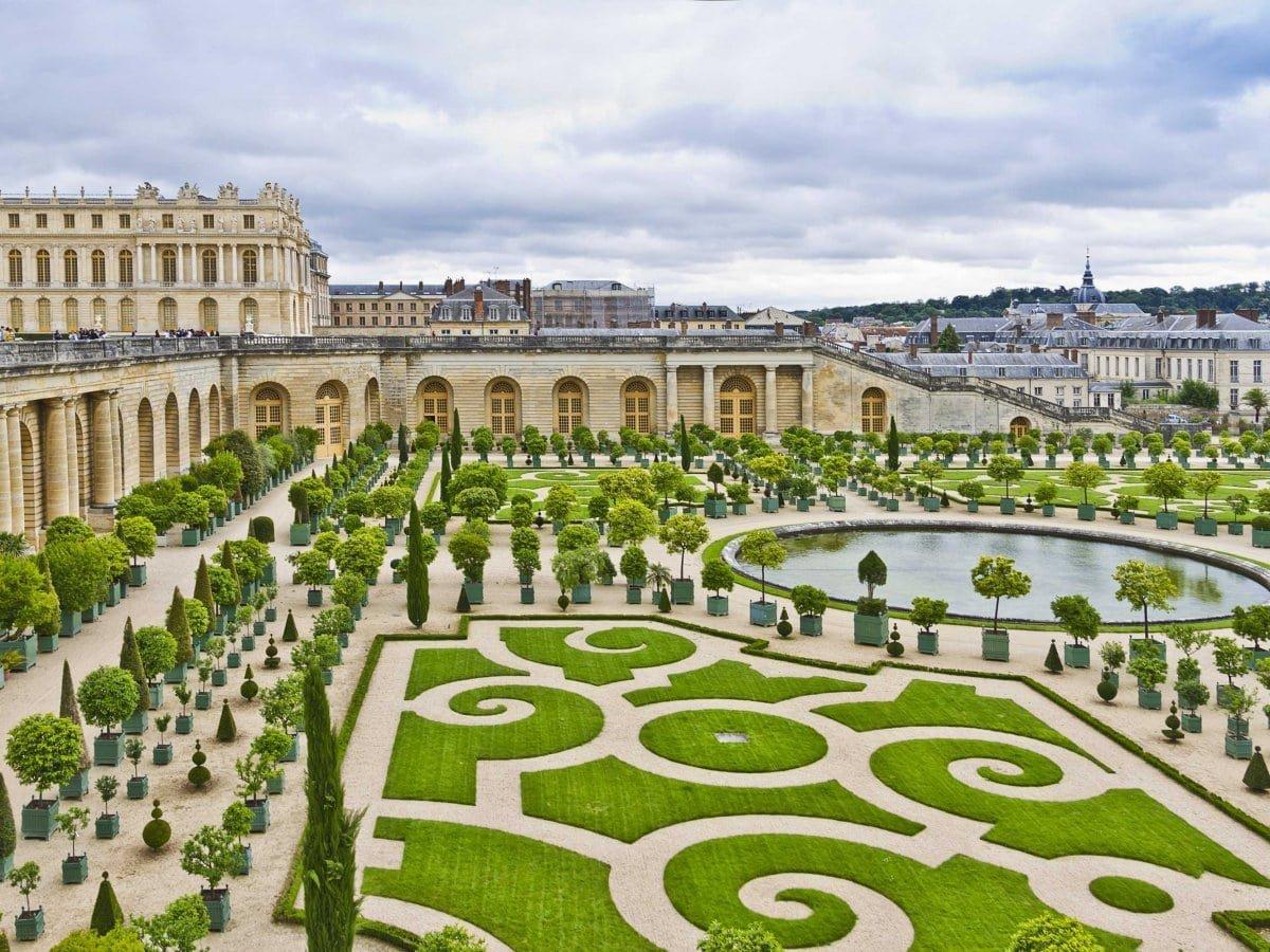 Роскошные сады Версаля