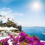 Почему стоит купить путёвку в Грецию этим летом