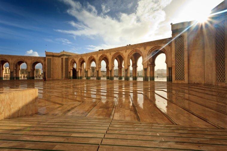 Достопримечательности Марокко: красильни Шуара и площадь Джема-эль-Фна
