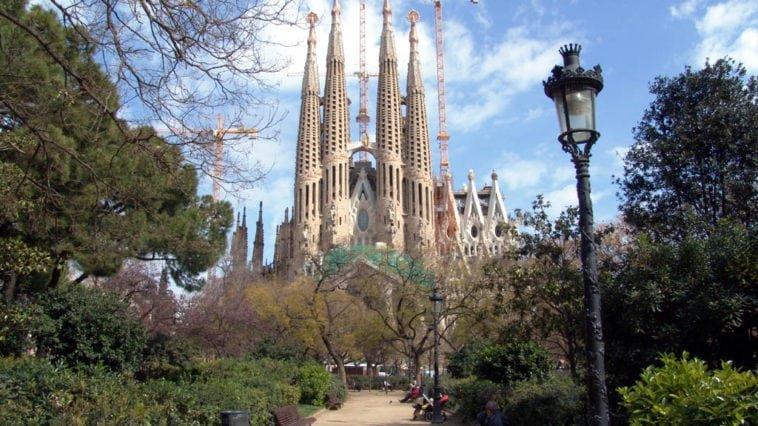 Памятка туристу для поездки в Барселону