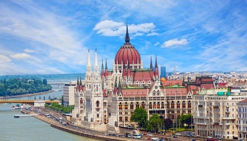 Целых 4 ночи в Венгрии за 21 740 с вылетом 19 мая!