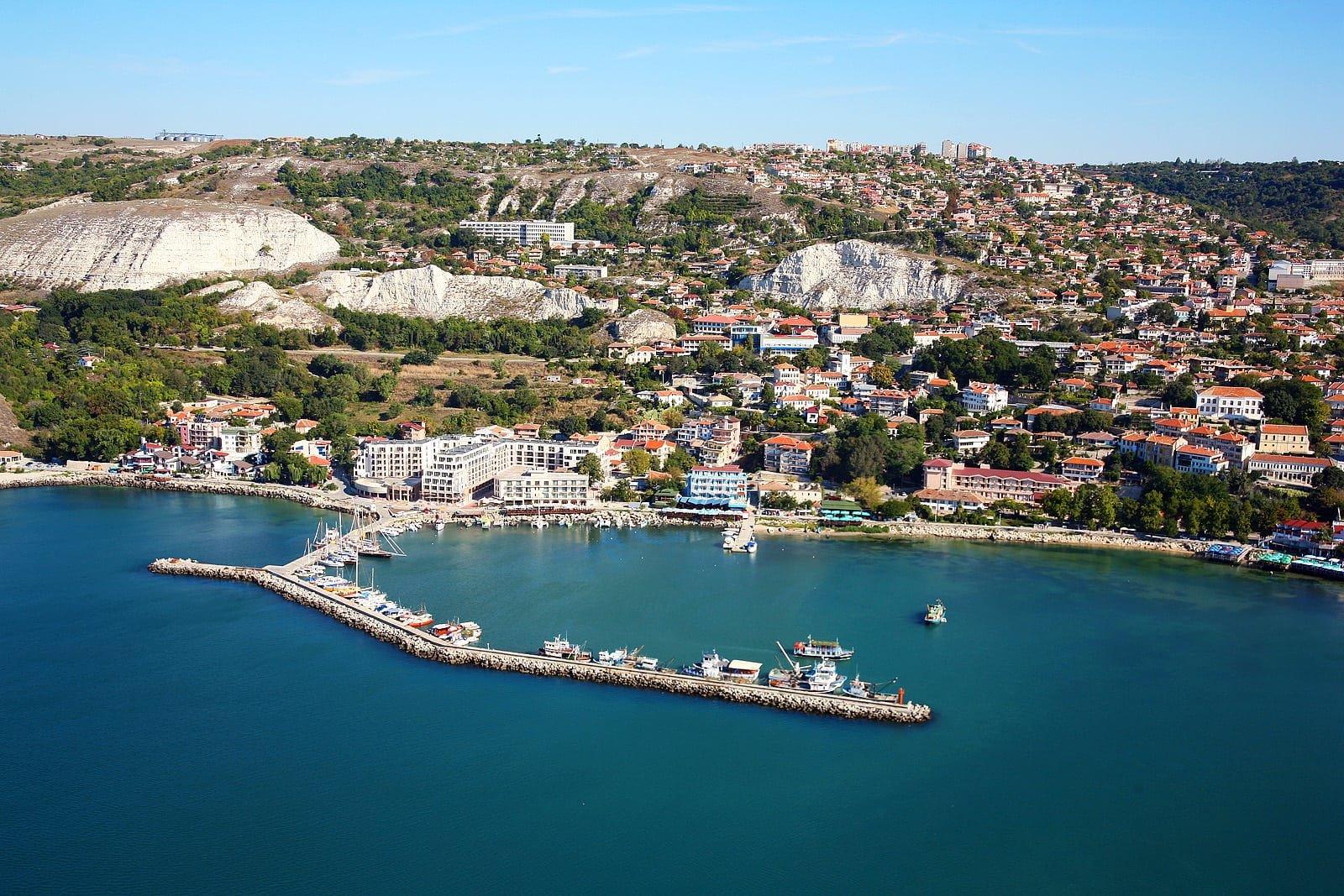 🏝 Две солнечных недели на берегу моря по низкой цене 🏝  Тур в Болгарию на 14 ночей всего за 30 233 р., вылет 10 августа.