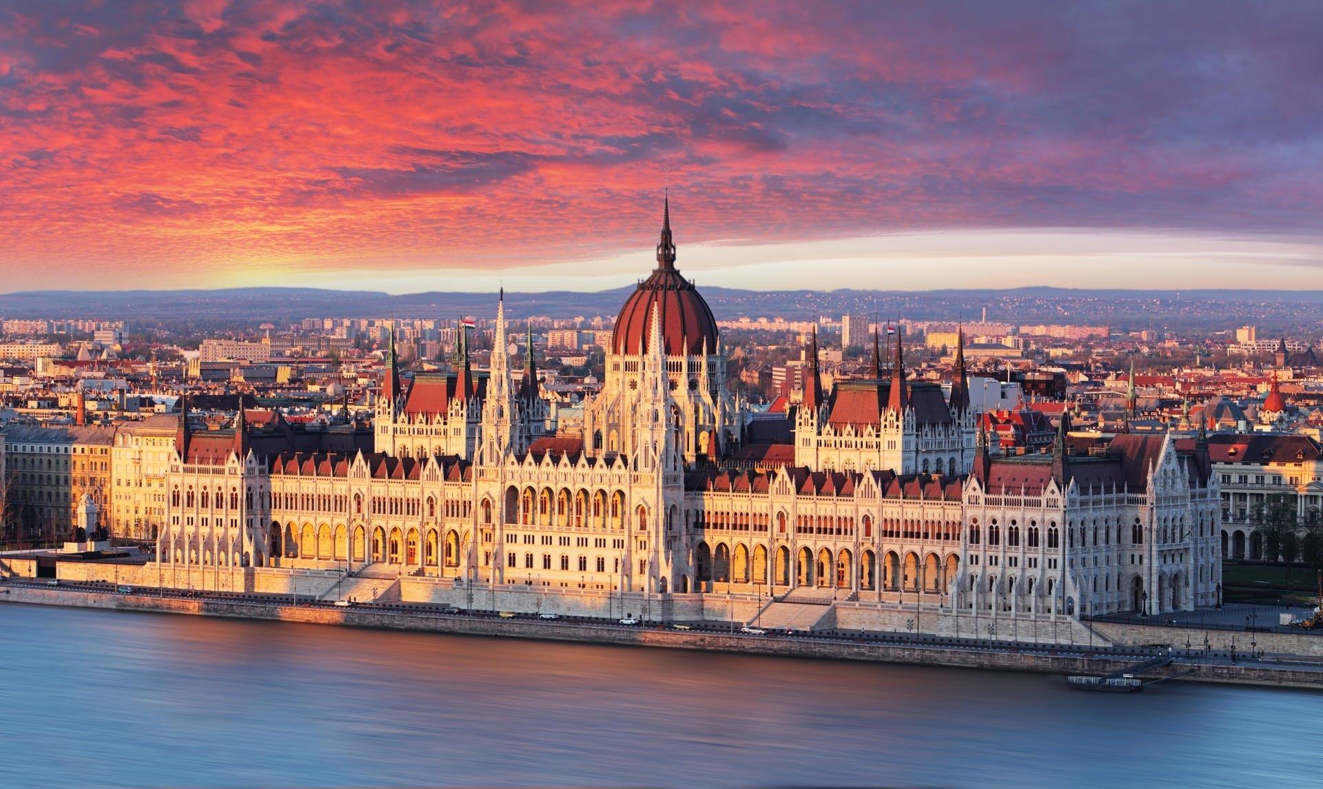 Венгрия в мае!! Летим 26 мая на 7 ночей за 22 194 р.