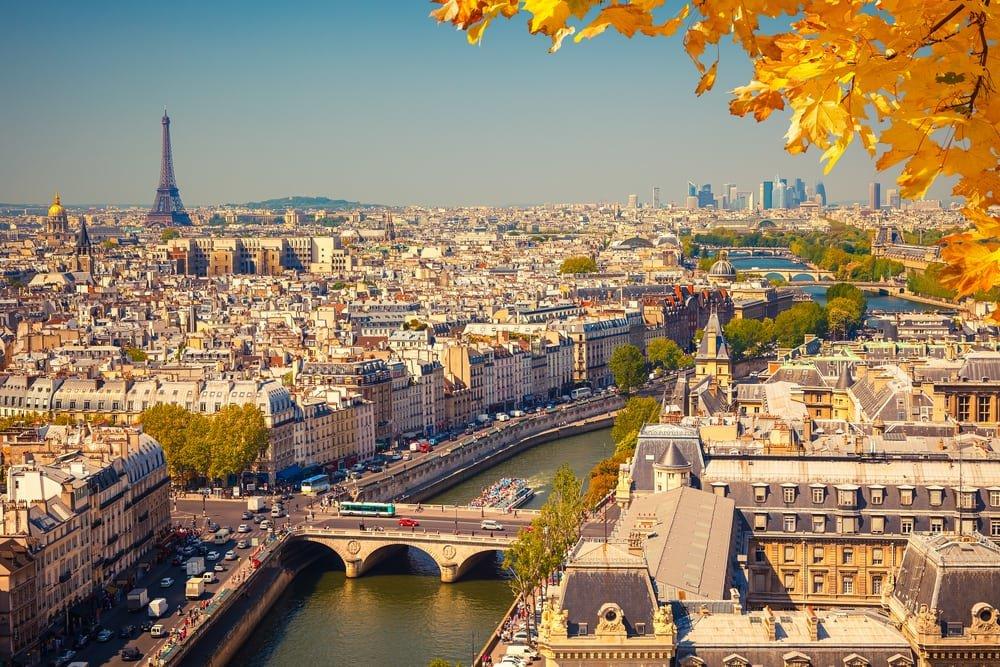 Путешествие на двоих в Париж. На 5 дней с 5 июля за 107 936 р.