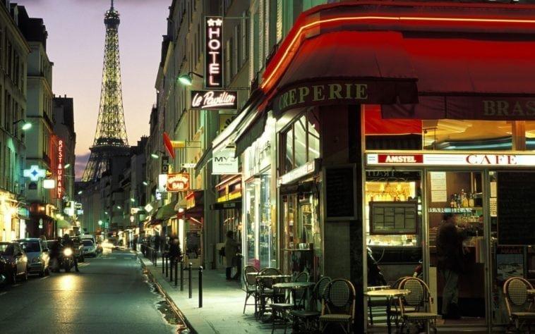 Осенью вдвоем в Париж! Тур на 5 ночей с 8 октября за 63 189 р.