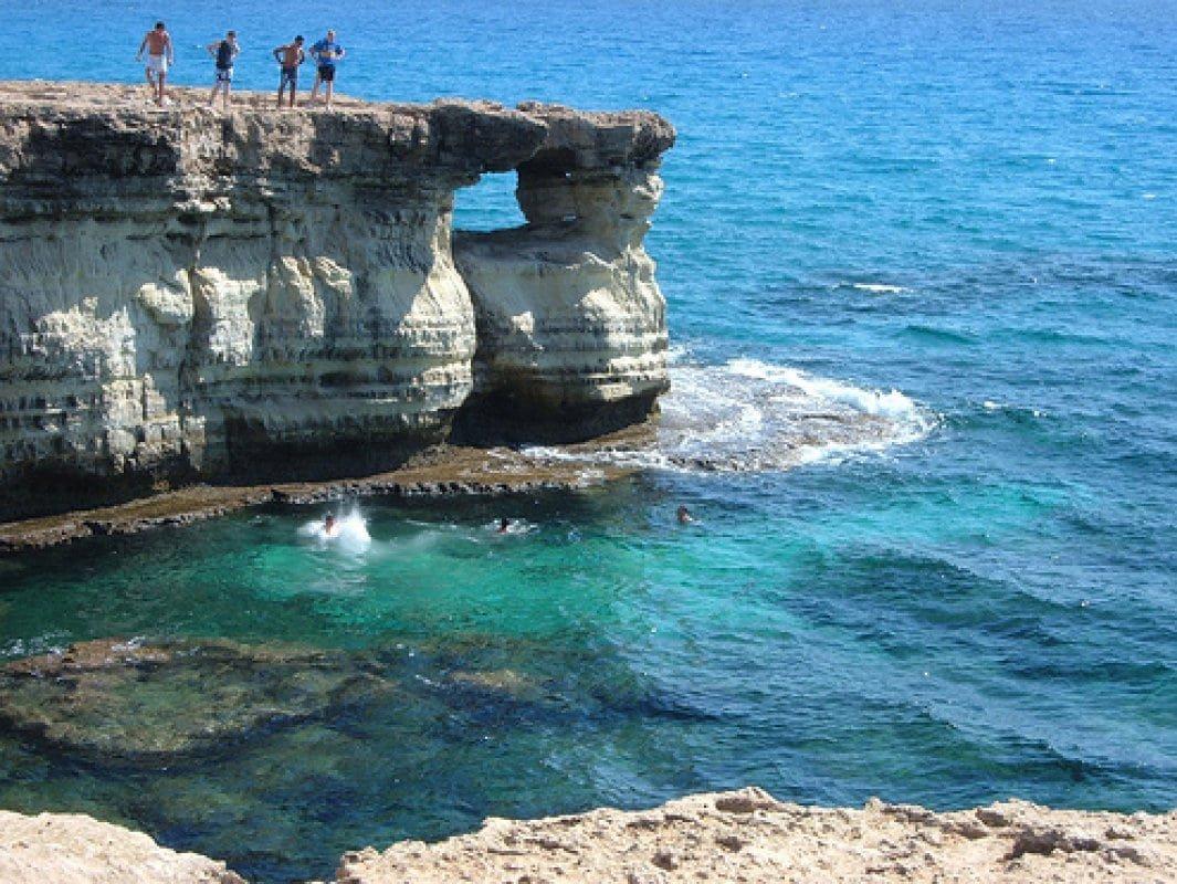 Вдвоем на Кипр! Тур с 24 ноября на 4 ночи за 32 114 р.