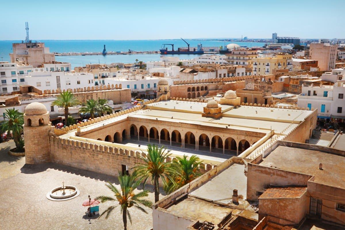 Супердешево! Тур в Тунис на 6 ночей с вылетом 24 мая за 16 571 р.