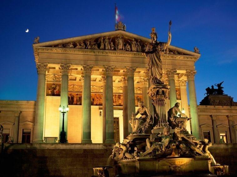 Тур на двоих в Австрию. 7 ночей с 12 января за 56 683 р.