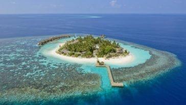Волшебная неделя на Мальдивах среди зимы. Тур на Северный Мале Атолл (Мальдивы) на 7 ночей за 90 473 р., вылет 17 декабря.