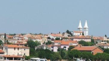 Вдвоем в Хорватию на две недели. Тур на двоих в Медулин (Хорватия) на 13 ночей всего за 77 168 р., вылет 17 сентября.