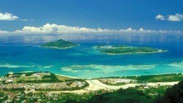 Рай для двоих. Тур на Сейшелы на 5 ночей за 122 426 р. за двоих, вылет 18 сентября.