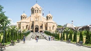Неделя на Кавказе. Тур в Армению на 6 ночей  за 23 888 р., вылет 16 июля.