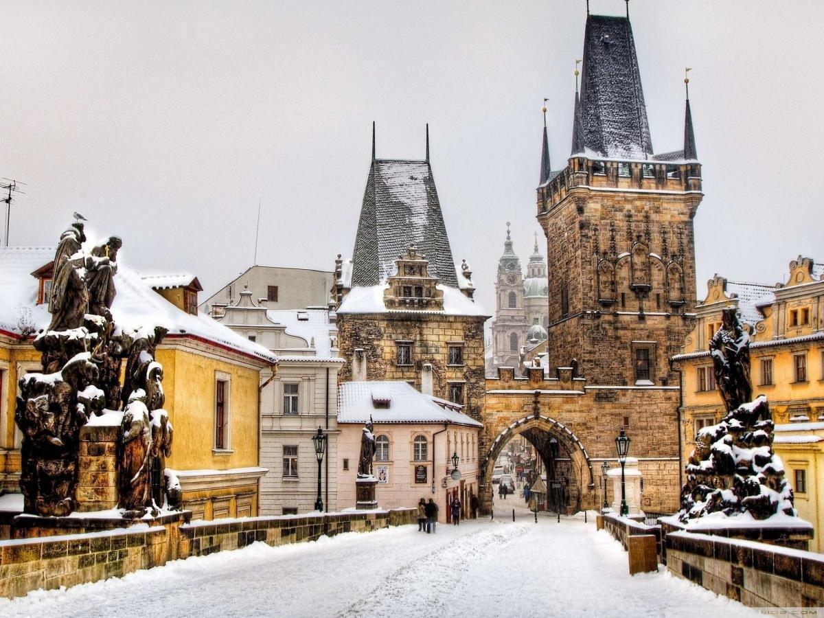 Рождественская романтика в Праге. Тур на двоих в Чехию на 7 ночей за 37 503 р., вылет 10 декабря.