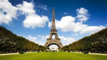Вдвоем в Париж. Тур на 5 ночей с 23 августа за 65 533 р.