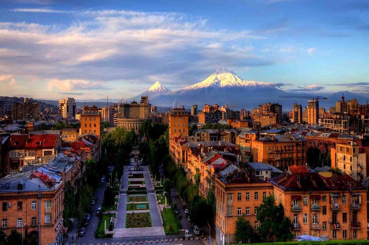Неделя в Армении. Тур на двоих в Ереван на 7 ночей за 43 581 р., вылет 15 октября.